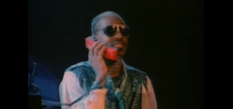 Stevie Wonder – I Just Called To Say I Love You (1984) (vidéoclip)