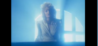 Bonnie Tyler – Total Eclipse Of The Heart (1983) (vidéoclip)