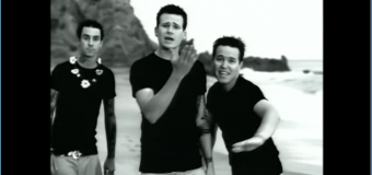 blink-182 – All The Small Things (1999) (vidéoclip)
