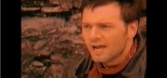 Mario Pelchat – Pleurs dans la pluie (1993) (vidéoclip)