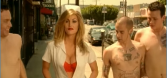 blink-182 – What's My Age Again? (1999) (vidéoclip)