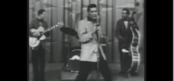 Elvis Presley – Hound dog (1956) (vidéoclip & paroles)