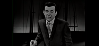 Bobby Darin – Beyond the Sea (1960) (vidéoclip & paroles)