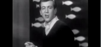 Bobby Darin – Splish Splash (1958) (vidéoclip et paroles)
